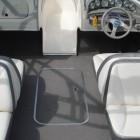 2006 Bayliner 205 009
