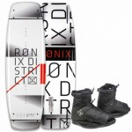 2016-ronix-district-wakeboard-with-divide-boot