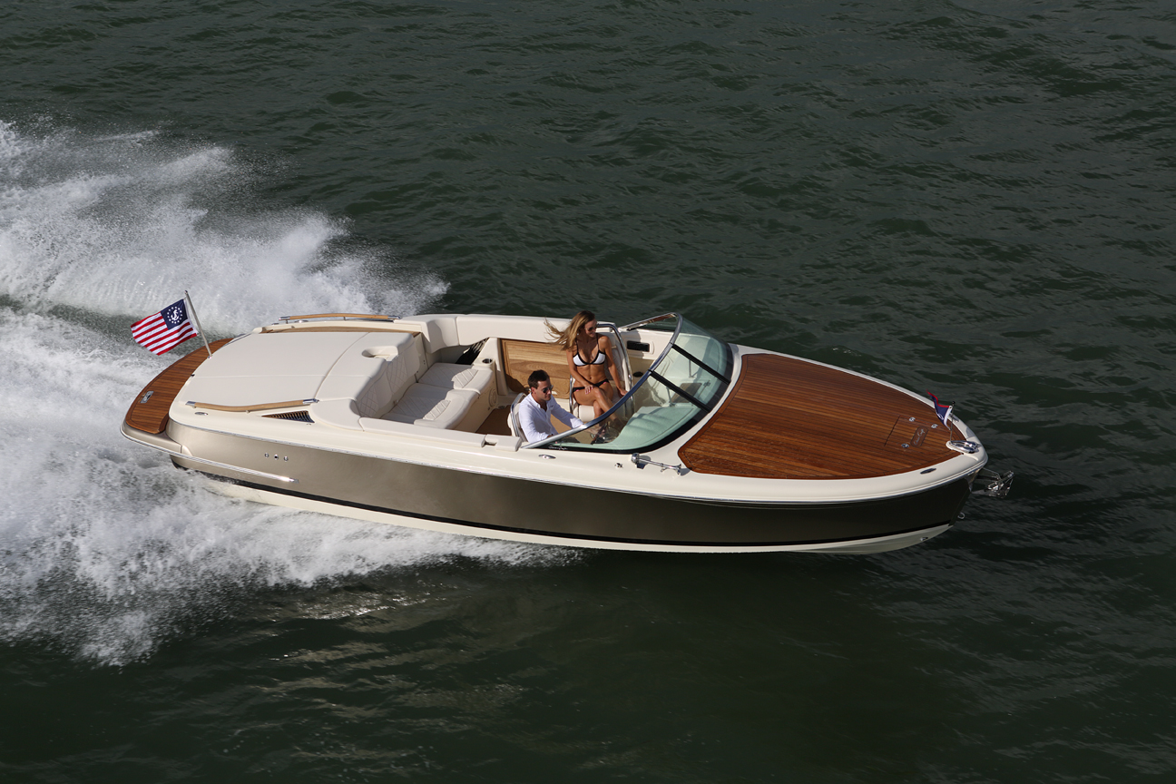 Chris Craft Capri