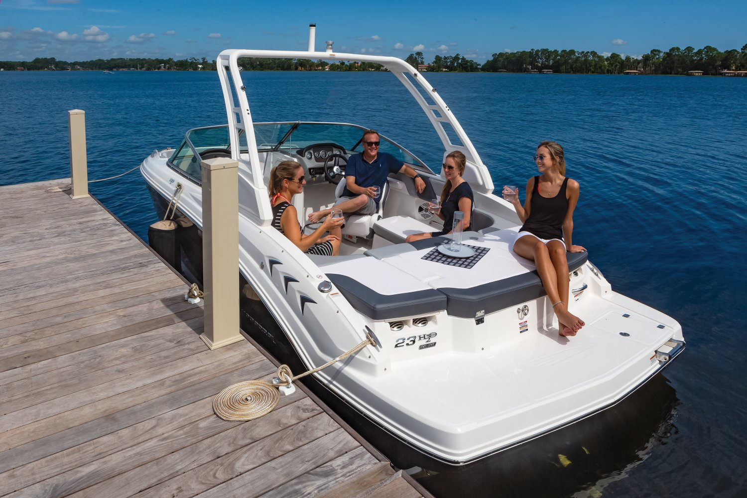 2019 Chaparral H2o 23 Sport
